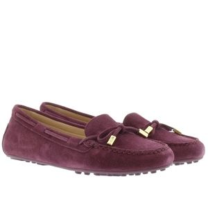 NWT Michael Kors Daisy Suede Plum Moccasin Loafers
